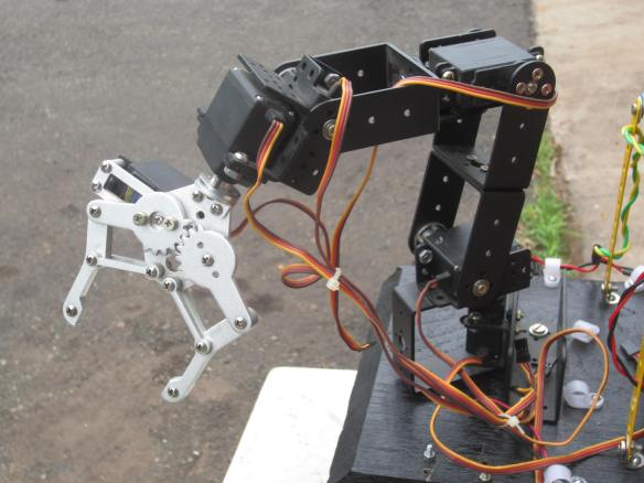 6 DOF Robotic Arm